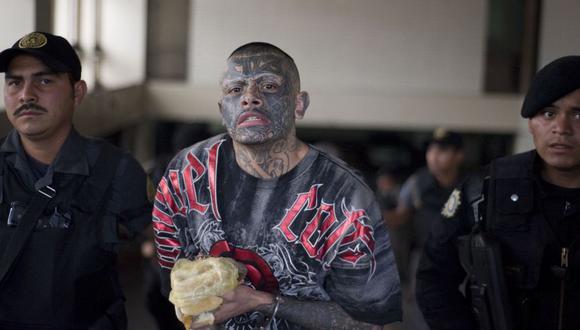 Estos miembros de la Mara Salvatrucha intimidaban a 144 trabajadoras sexuales y están involucrados en al menos 11 asesinatos. (Foto referencia: AFP)