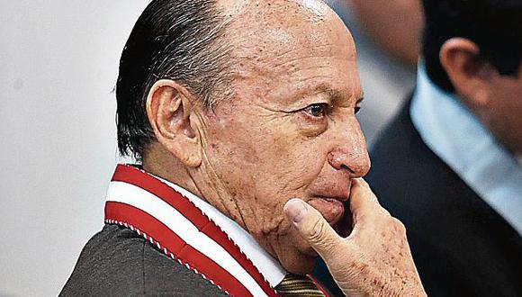 Fiscal Peláez Bardales niega haber realizado plagio en su tesis