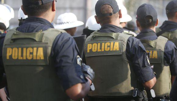 Chorrillos: policías participaron de reunión sin cumplir con distanciamiento social.