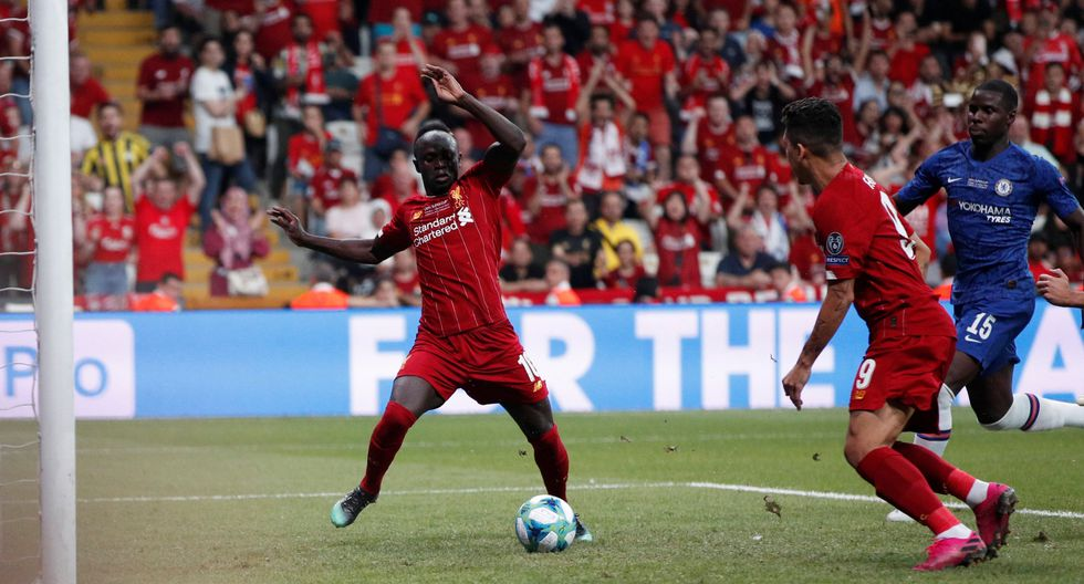 Liverpool vs. Chelsea: Mané anotó el 1-1 en la Supercopa de Europa luego de un pase de Firmino. (Foto: Reuters)