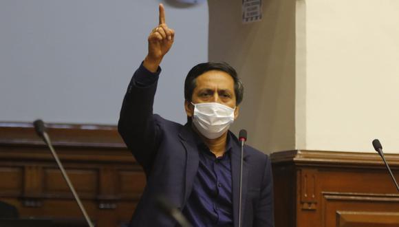 """""""Nosotros no vamos a firmar esta moción. Y es una decisión colegiada, un acuerdo en el seno interno de la bancada"""", afirmó Fernando Meléndez. (Foto: Andina)"""