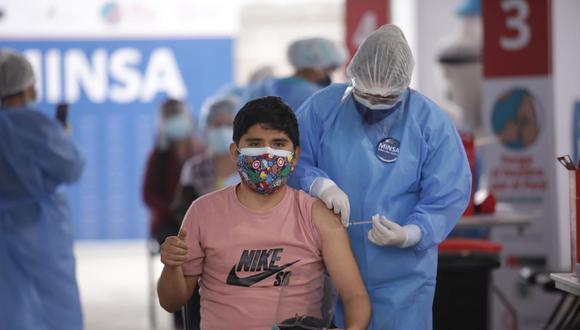 La vacunación contra el coronavirus continúa avanzando a nivel nacional. Foto: Britanie Arroyo/@photo.gec