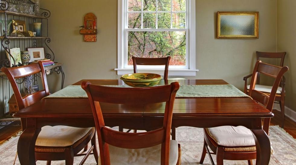 Cómo darle una vida nueva a tus muebles antiguos de madera - 3