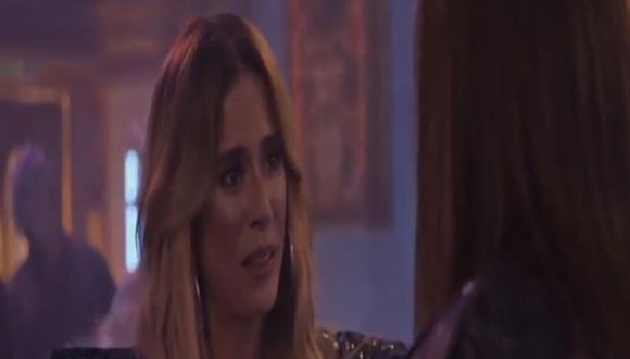 """Pese al intento de Charly por detener a su tío en el atentado contra Yeimy, los planes se llevan a cabo y """"La reina del flow"""" termina herida de bala en el hospital (Foto: La reina del flow 2/ Caracol TV)"""