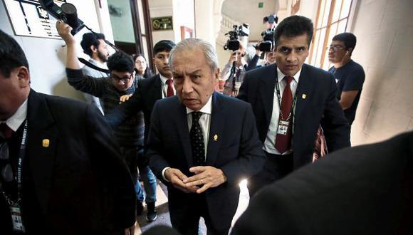 La fiscalía sostiene que mientras no se resuelva la apelación presentada no se puede archivar la instrucción contra el ex fiscal de la Nación Pedro Chávarry. (Foto.GEC)