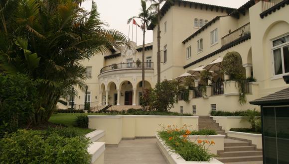 El hotel fue inaugurado en 1927. Por sus pasillos han pasado desde Ava Gardner a Mick Jagger, hasta Bryce Echenique, Joaquín Sabina y Hugo Chávez.