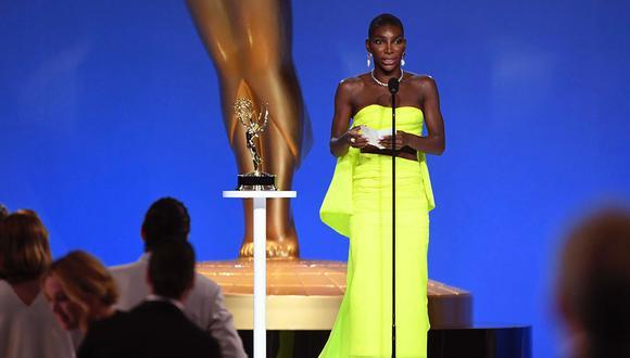 Coel dedicó su premio Emmy a todas las supervivientes de abuso sexual como ella durante su inspirador discurso. (Fotos: Instagram)