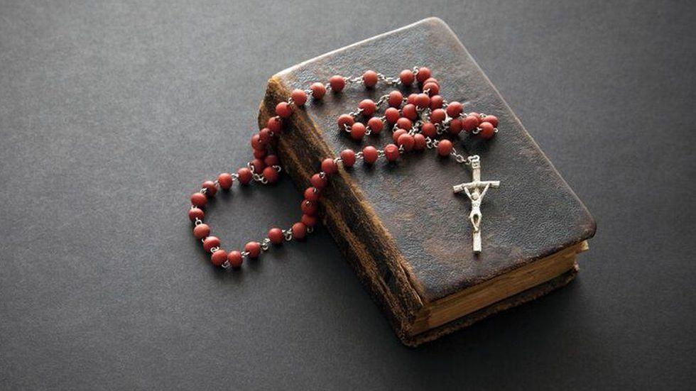 Cientos de miles de niños fueron abusados por instituciones de la iglesia en Irlanda el siglo pasado. (Foto: Getty Images, vía BBC Mundo).