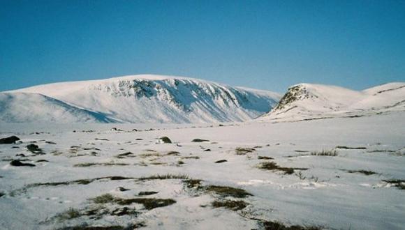 Los noruegos que quieren regalarle una montaña a Finlandia