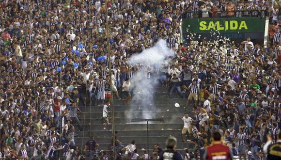 Alianza Lima: esta es la sanción por bombardas en el clásico