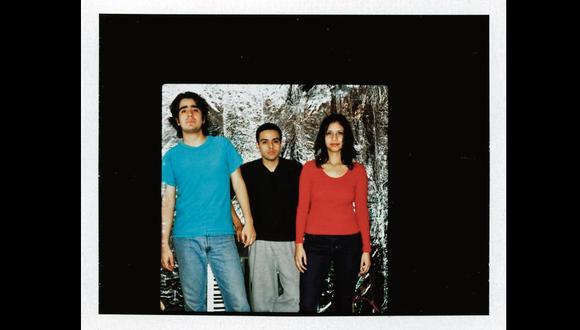 Luis Salgado (Lase), el baterista Christian Vargas, y Jenniffer Cornejo (Jeni C).