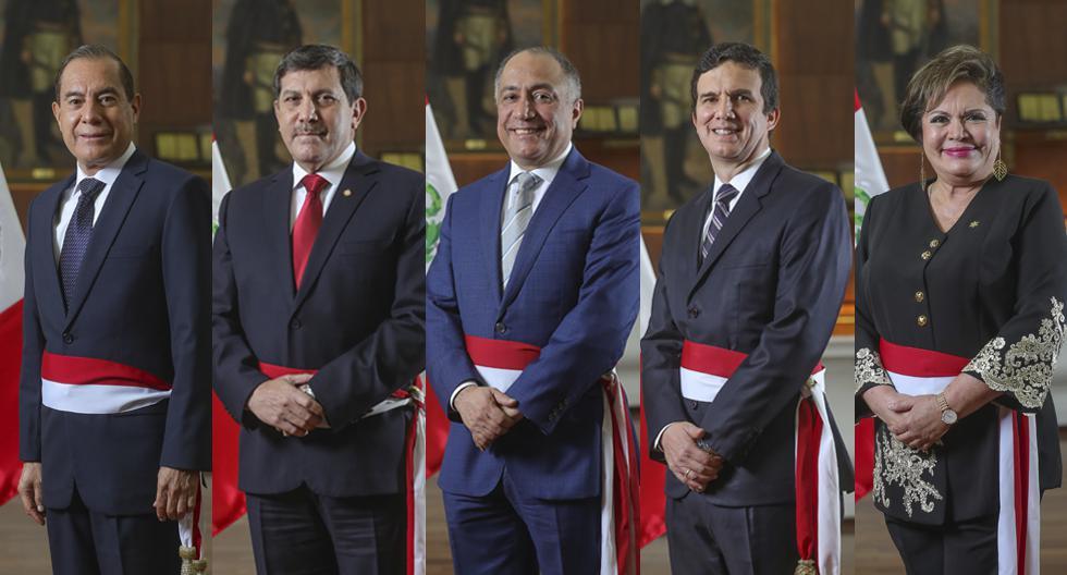 Walter Martos es el nuevo presidente del Consejo de Ministros. Se hicieron otros cuatro cambios en las carteras de Defensa; Trabajo y Promoción del Empleo; Energía y Minas; y Mujer y Poblaciones Vulnerables, respectivamente. (Foto: Presidencia)