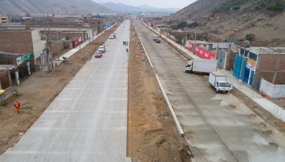 El alcalde de Lima, Jorge Muñoz, supervisó los trabajos en la Av. Malásquez. (Municipalidad de Lima)