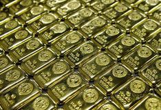 Oro cae tras subida del dólar y reunión de la Reserva Federal de EE.UU.
