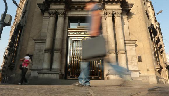 El índice general de la BVL culminó con una caída de 5,26%. (Foto: Miguel Bellido/El Comercio)
