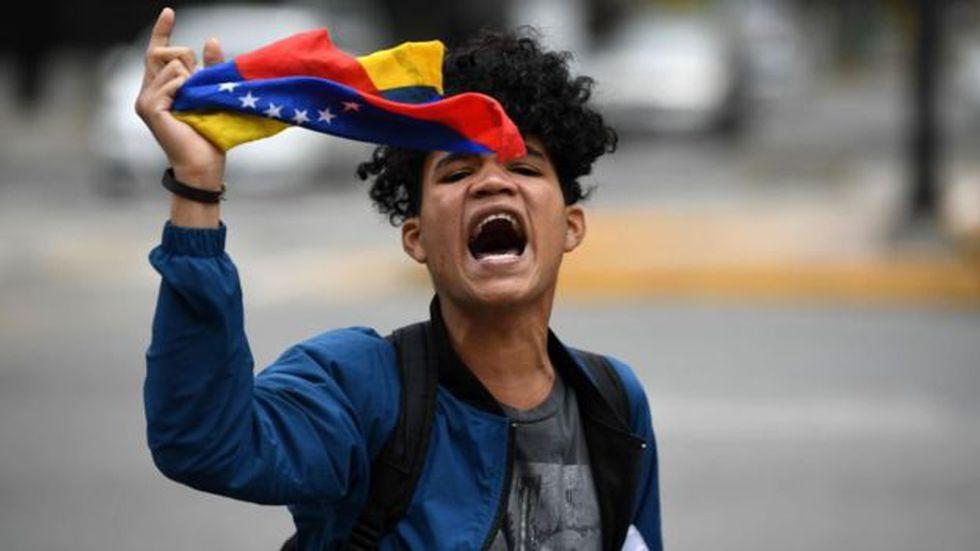 Las protestas son habituales en Venezuela conforme arrecia la crisis económica. Foto: Getty images, vía BBC Mundo
