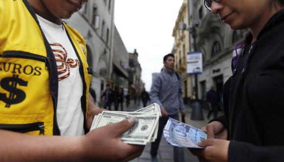 El tipo de cambio cerró la jornada del martes cotizando en S/3,629, su mayor valor en los últimos 18 años. (Foto: GEC)