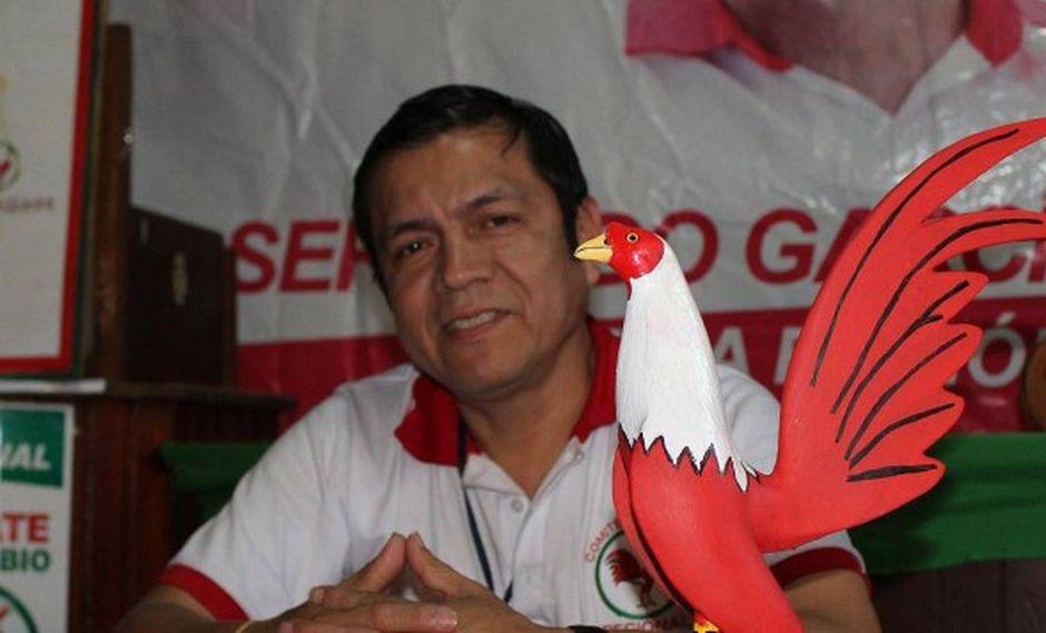 Pasapera Quezada fue secretario general del partido Fuerza Regional, movimiento del actual gobernador de Piura. (Foto: Facebook Ronny Pasapera)