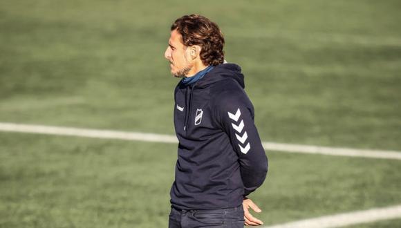 Lo despidieron vía Zoom: Diego Forlán fue destituido del Atenas de la Segunda División en Uruguay