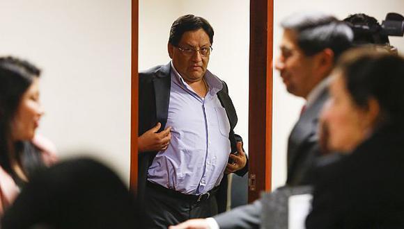 Carlos Moreno: Minsa lo destituye y lo demanda por S/ 1 millón