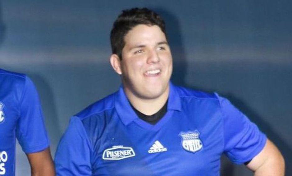 """Hincha de Emelec: """"Si me daban 5 más, hacía un gol"""". (Foto: Emelec)."""