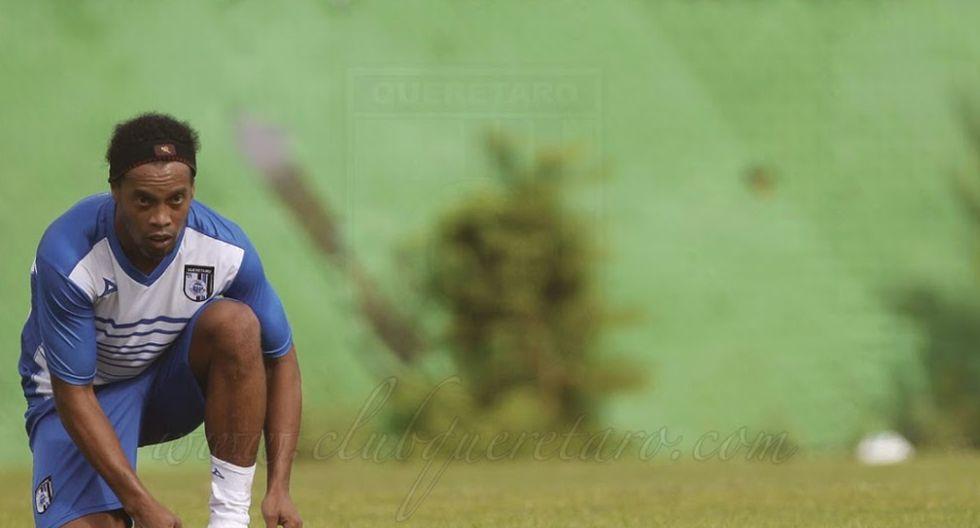 Así fue el primer entrenamiento de Ronaldinho en el Querétaro - 6