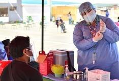 Vacunación en Tacna: ciudadanos reportan largas colas en inicio de inmunización a jóvenes de 22 años