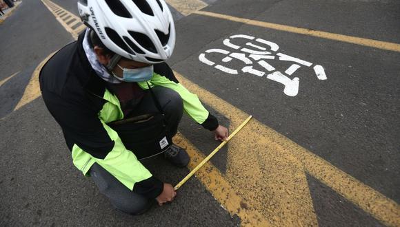 Todo ciclista debe contar siempre con el equipamiento básico de seguridad. (Foto: Jesús Saucedo/GEC/Referencial)