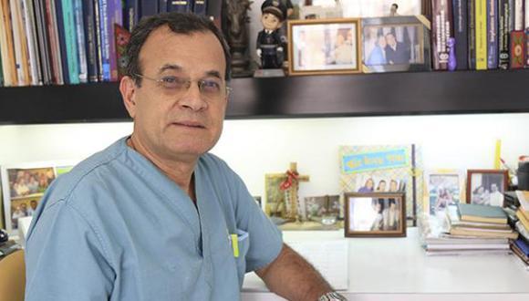 Oswaldo Cava salió de su consultorio en la calle Tarata minutos antes del atentado de 1992, esta es su historia.