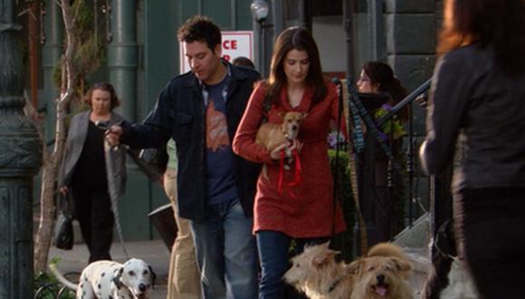 """Al comienzo de """"How I Met Your Mother"""", Robin Scherbatsky era amante de los perros, prueba de ello es que tenía cinco mascotas (Foto: CBS)"""