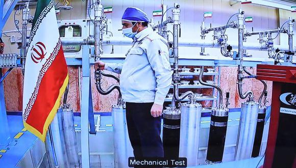 Una imagen proporcionada por la oficina presidencial iraní el 10 de abril de 2021 muestra la planta de enriquecimiento de uranio de Natanz en Irán. (AFP).