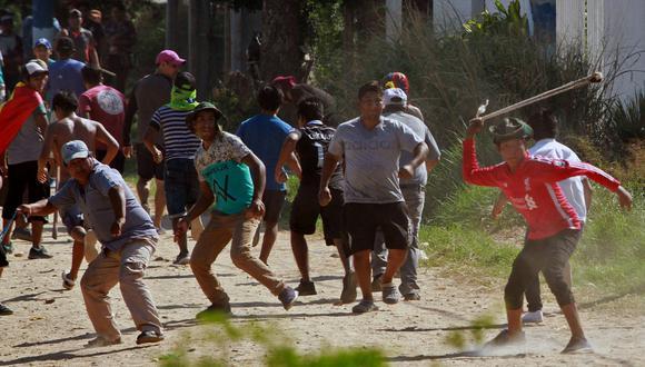 La Defensoría del Pueblo de Bolivia constató 29 heridos, entre ellos tres menores, cuatro policías y dos periodistas. (Foto: Reuters)