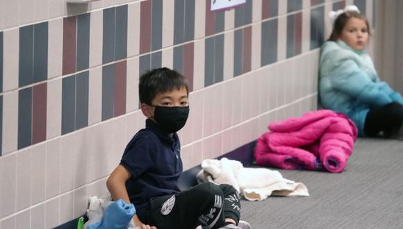 La OMS señala que los niños menores de 5 años no deben utilizar mascarillas. (Foto: AP)