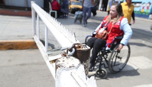 La vulneración de los derechos de las personas con discapacidad es una situación constante en todo el país. Fiscalizadores del Conadis trabajan diariamente en buscar cambios y sancionar las faltas (Foto: Rolly Reyna).