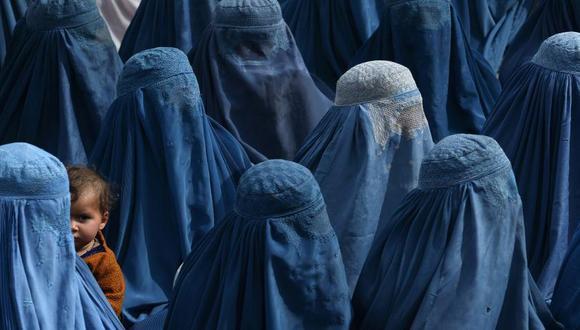 Mujeres bajo el régimen talibán en Afganistán. (Foto: AP)