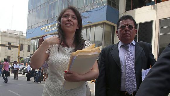 Yeni Vilcatoma denunciará penalmente a Figallo y Roy Gates