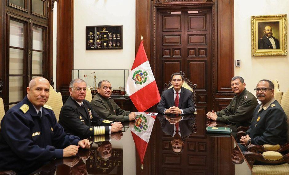 Vizcarra sostuvo una reunión con los representantes de los institutos castrenses y de la PNP. (Foto: Presidencia de la República)