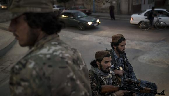 Soldados talibanes en Kabul, Afganistán. AP