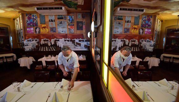 El 1 de junio inicia el proceso de reactivación económica en ciudad de México. Restaurantes de algunas ciudades ya empezaron a abrir. (Foto: AFP).