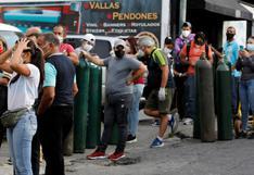 """Ruego a Dios que aún esté respirando"": calvario por oxígeno para enfermos de coronavirus en Venezuela | FOTOS"