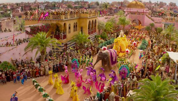 """""""Aladdin"""" (Guy Ritchie, 2019 ) y el desfile como colorida demostración de un poder basado en ilusiones."""
