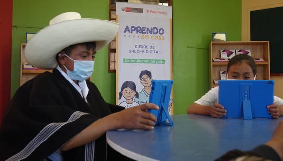 Ejecutivo inició la entrega de tabletas a escolares y docentes del país. (Foto: Minedu)