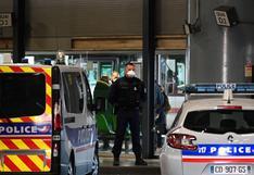 Detienen a hombre de origen afgano que alzaba un cuchillo de treinta centímetros en Lyon