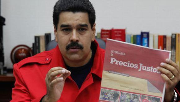 Venezuela: Maduro también fija el precio de las zapatillas