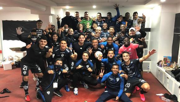Independiente del Valle celebró así la goleada de 5-0 sobre Flamengo. (Foto: Twitter)