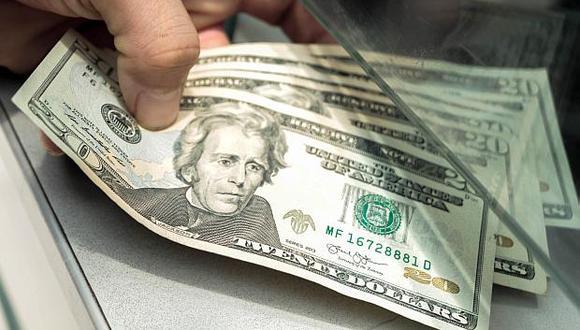 El dólar se vendía a S/3.380 en las casas de cambio este jueves. (Foto: El Comercio)