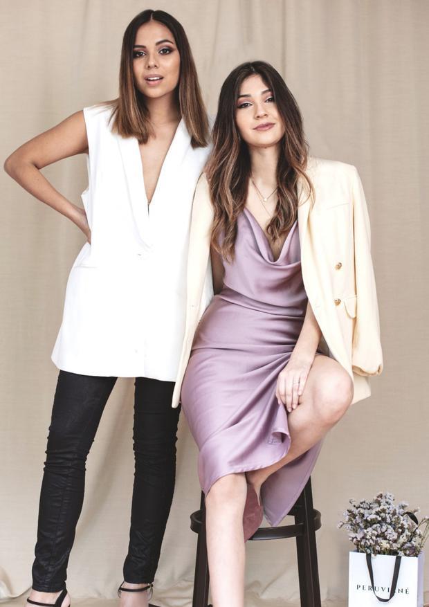 Lucía García y Alexandra Toledo son comunicadoras y amigas desde la universidad. Peruviané Lingerie es un proyecto conjunto entre ambas. Foto: Aarón Alberti.