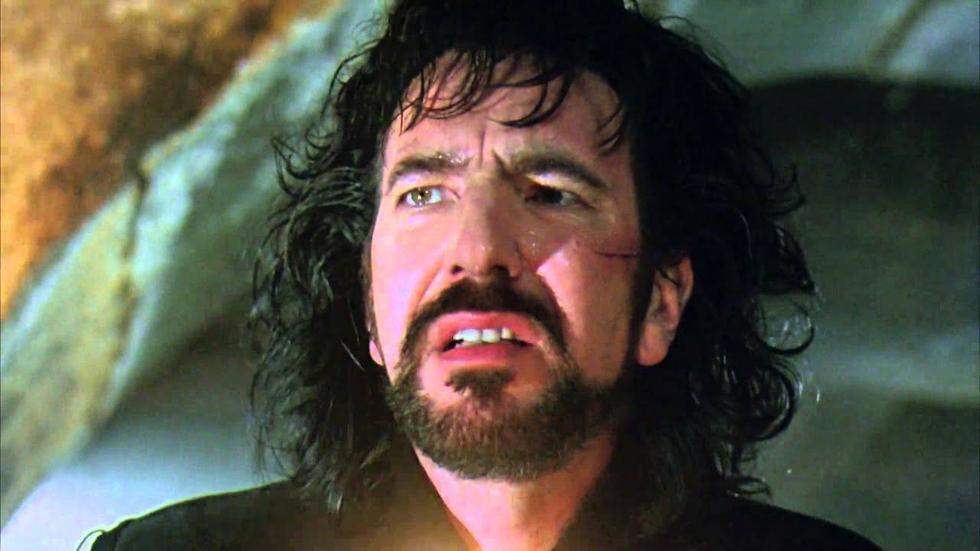 In 1991, he played the role of Sheriff of Nottingham, a despot who controls the territory and who is the executioner of Robin's father, played by none other than Kevin Costner. Won a BAFTA award. (Photo: Screenshot)