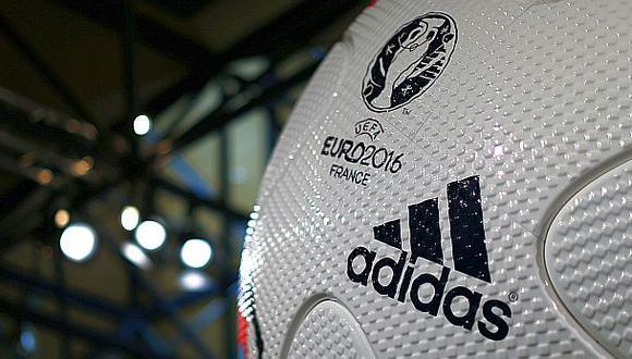 Adidas prevé para 2016 ventas récord en su división de fútbol