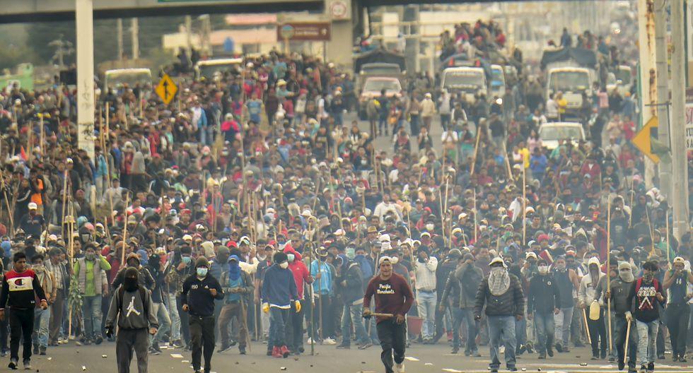 Resultado de imagen para Indígenas ponen a Lenín Moreno ecuador